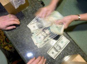 Buy-in Cash Poker Tournaments